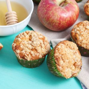 Whole Wheat Apple Muffins with Streusel Topping