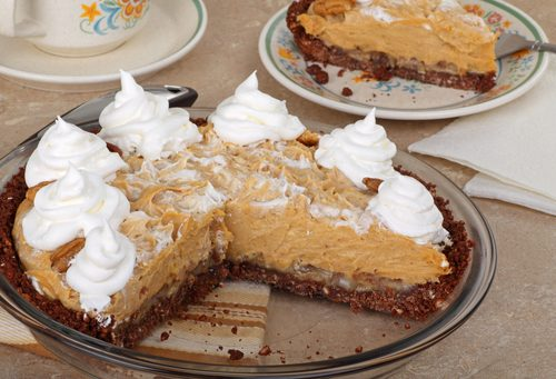 Creamy, Dreamy Peanut Butter Pie with Whipped Topping
